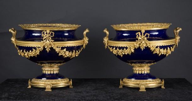 6289~vases(pair)