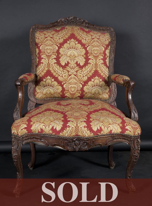 6819~armchair
