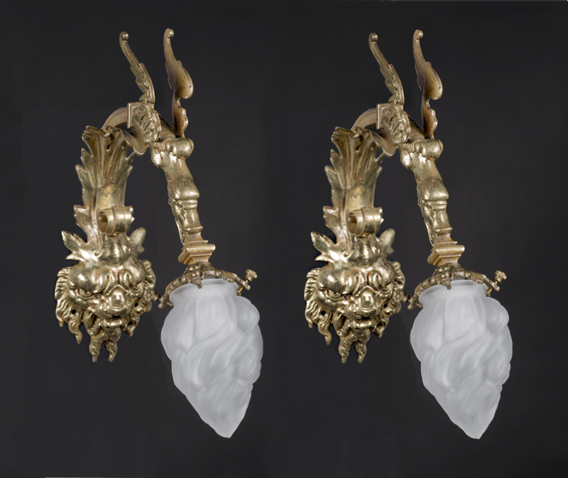 Pair Of Chinoiserie Late 19th Century Bronze Sconces